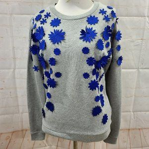 j crew gray sweater with 3D royal blue flowers